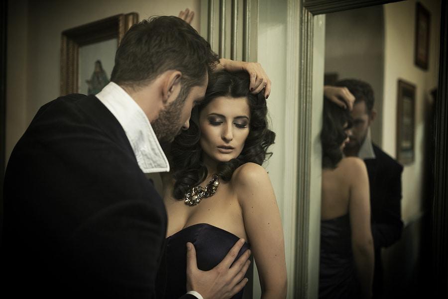 The Art of Flirting: 5 Flirting Styles