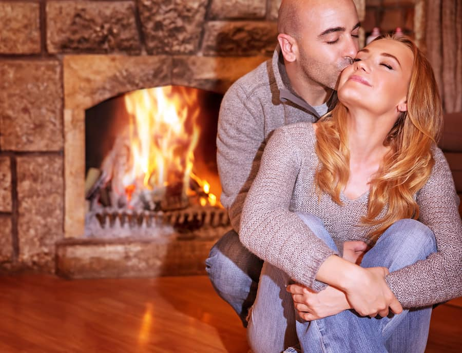 7 Ways to Enjoy Your First Christmas as a Couple