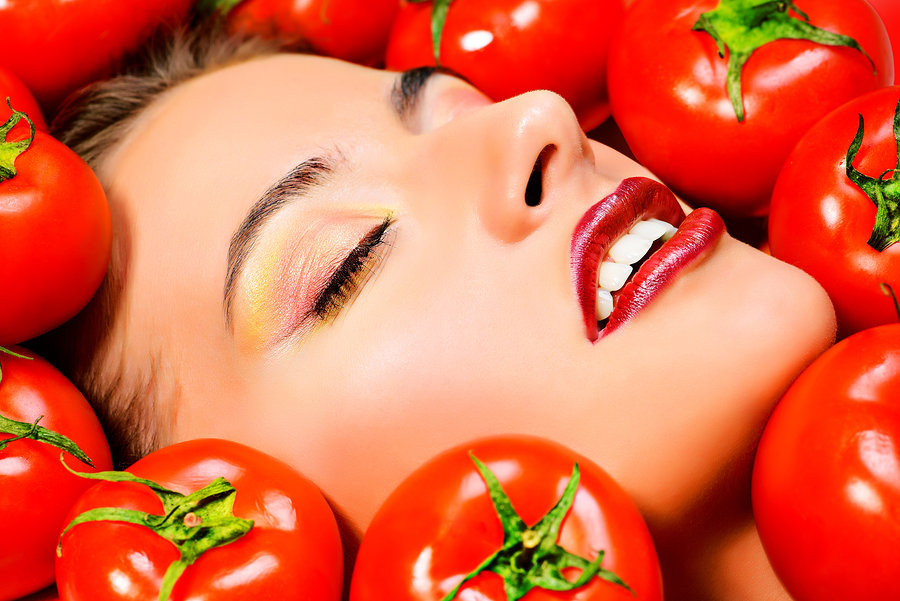 How Eating Tomatoes Can Support Fertility