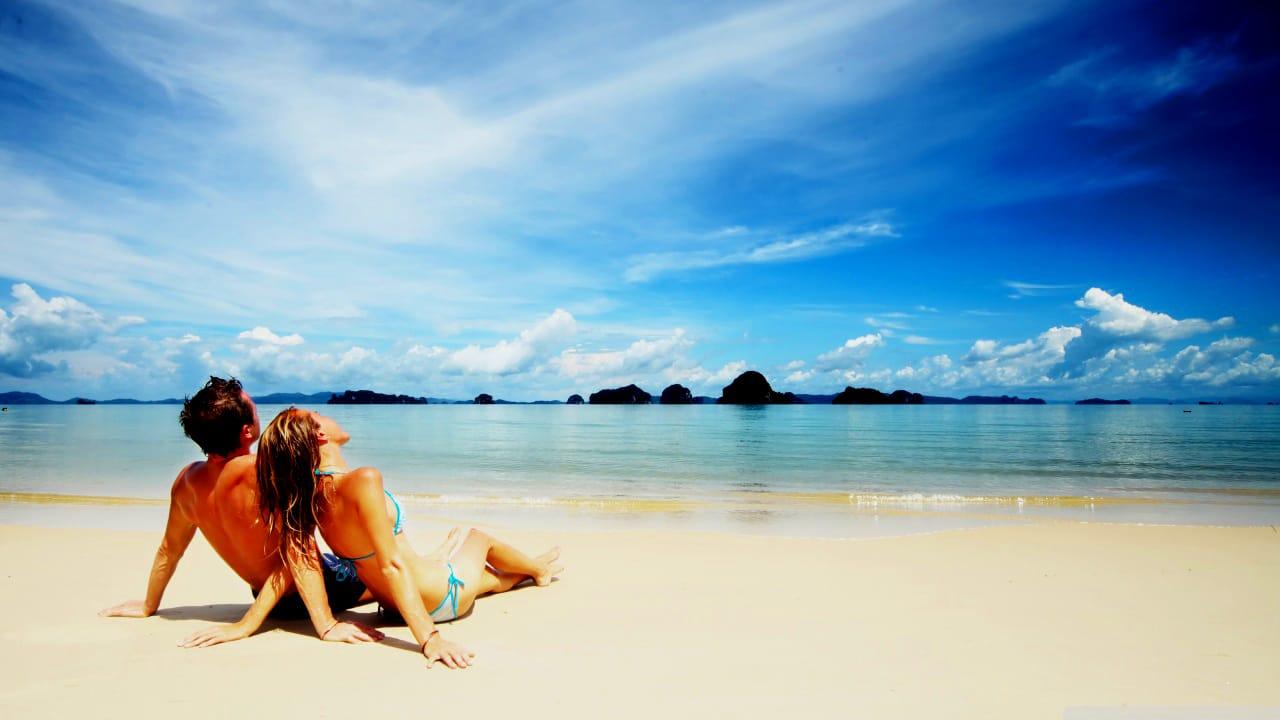 5 Honeymoon Tips for Twenty-Somethings