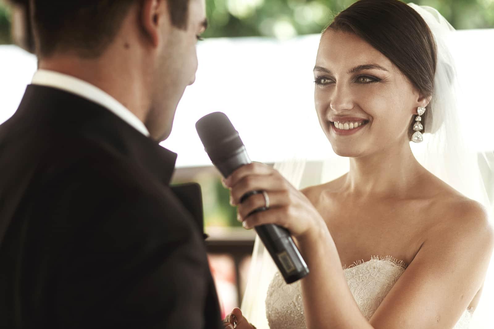I'm Single and I Officiate Weddings