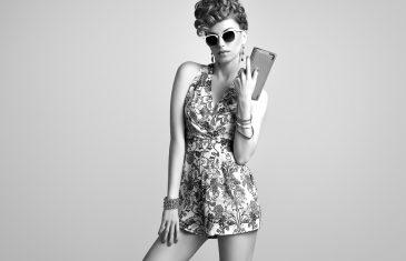 beautiful sexy model in trendy summer dress
