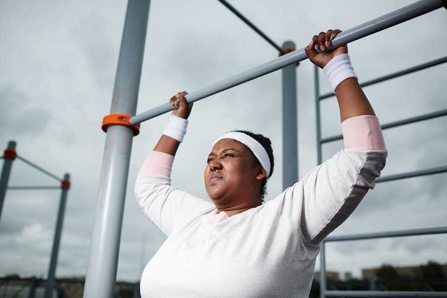 curvy woman working out