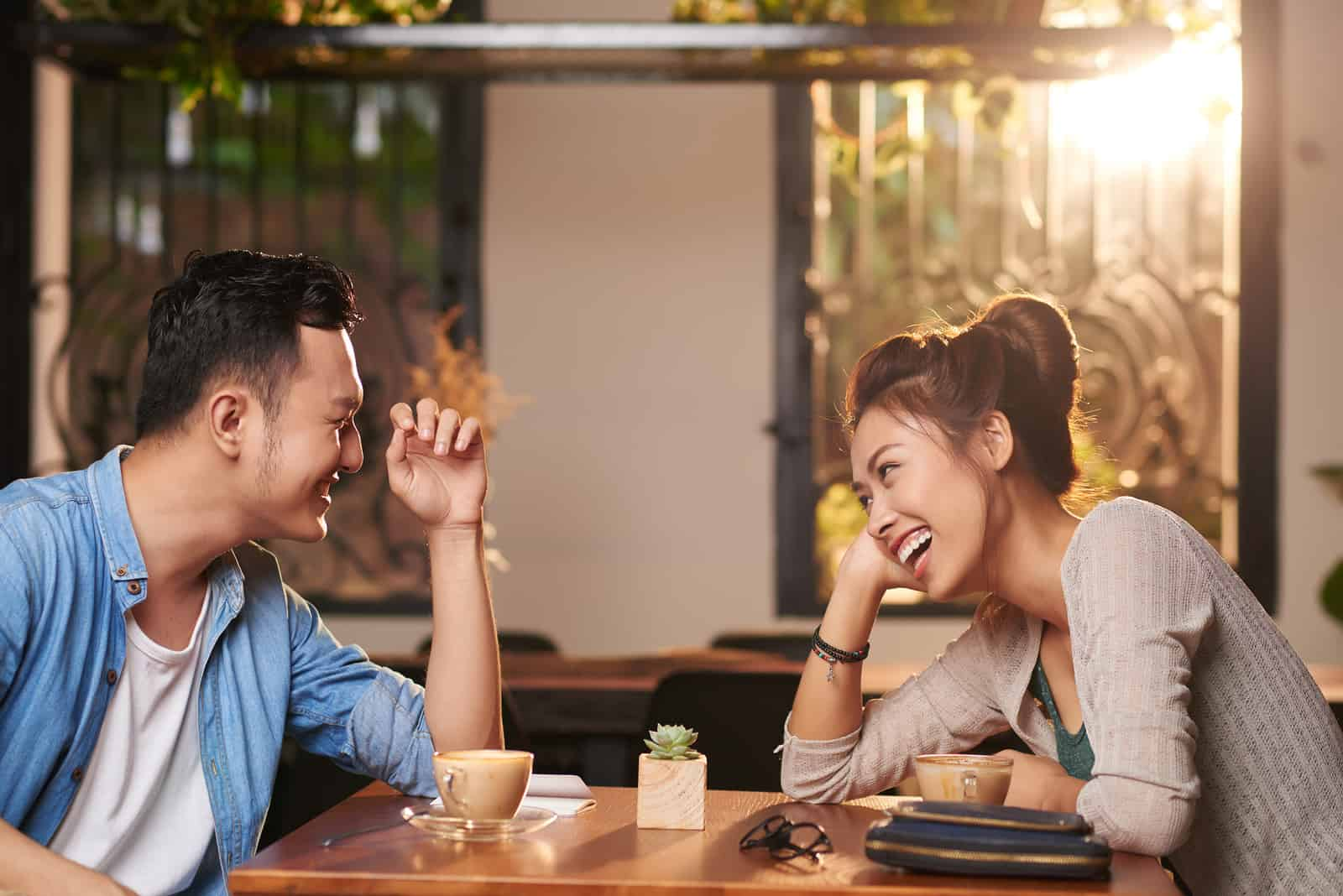 Why Not Having Sex on a First Date can be Awesome After All