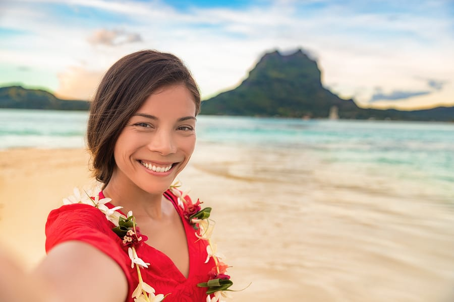 Smiling gorgeous Asian girl